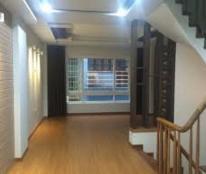 Bán nhà mặt phố Trần Phú, Ba Đình, 44m2, 3 tầng, MT 3m, giá 15,9 tỷ, liên hệ: 0942226104