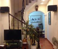 Bán nhà mặt ngõ phố Tôn Đức Thắng, 4 tầng, giá 2 tỷ, kinh doanh, văn phòng