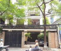 Nhà mặt phố Phan Châu Chinh, 3 mặt thoáng: 5 tầng x 68m2. MT 6.8m, vỉa hè 10m