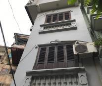 Bán nhà phố Kim Mã, Ba Đình, DT: 20m2, lô góc, 2 mặt thoáng, chỉ 1.69 tỷ