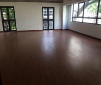 Cho thuê nhà mặt phố Đội Cấn, nhà mới xây 5 tầng, mặt tiền 7m, cho thuê làm ngân hàng, showroom