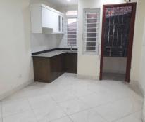 Bán CH 2 tầng, cửa đi riêng chung cư trong ngõ 75, Vĩnh Phúc, Ba Đình