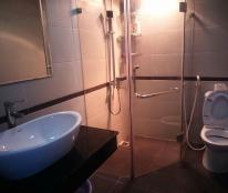 Cần cho thuê CCCC Eurowindow - 27 Trần Duy Hưng. Diện tích 100m2, 3 phòng ngủ, đủ đồ giá 18 tr/th