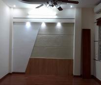 Chính chủ cần bán nhà phố Chùa Láng, Đống Đa, DT 40m2 x 5 tầng, giá 4.25 tỷ, LH: 01 662 662 992