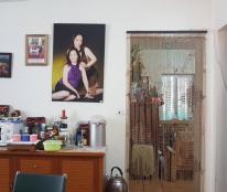 Bán căn hộ chung cư số 184 Hoàng Quốc Việt, DT: 70m2, chia 2PN căn góc 3 mặt thoáng