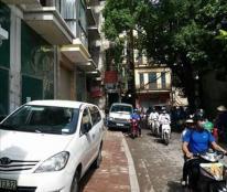 Bán nhà mặt phố quận Thanh Xuân, giá không tưởng, nhỉnh 120tr/m2 cả đất cả quả nhà to đẹp lung linh
