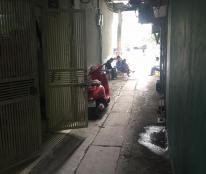 Cần bán nhà Đào Tấn, Ba Đình, DT 30m2, 5 tầng, giá 2,95 tỷ
