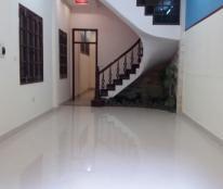 Cho thuê nhà nguyên căn ngõ 3 Thái Hà, 4 tầng x60m2, 18tr/th