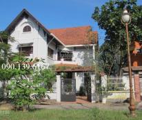Cần cho thuê villa sân vườn phường An Phú, gần sông, quận 2 - Giá thuê 34 triệu/tháng.