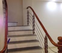 Bán nhà Tại Cầu Giấy, Hà Nội, 52m2 x 4tầng, 5.2m mặt tiền, giá 2.2 tỷ.
