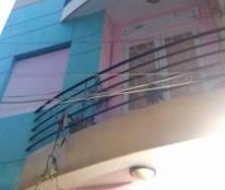 Bán gấp nhà đường Vũ Tùng, Bình Thạnh, diện tích 46.4m2, 2 tầng, giá 3.3 tỷ