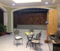 Cho thuê biệt thự MT Nguyễn Văn Hưởng, Thảo Điền. 15 x 20m, có sân vườn hồ bơi. 0967354891