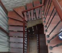 Bán nhà phố Võ Văn Dũng. Dt 55m x 5 tầng, mt 5m.