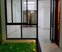 Cho thuê tầng 1 nhà mặt phố Hồ Tùng Mậu, 250m2, MT 8.5m, có thang máy, hầm để xe