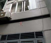 Bán nhà ngõ 445 phố Nguyễn Khang, DT 65m, MT 5m. 5,6 tỷ.