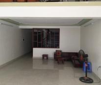 Cho thuê nhà 3 tầng Liên Bảo, Vĩnh Yên, 4PN khép kín, giá 15 tr/tháng. Liên hệ: 0986797222