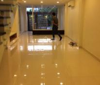 Cho thuê văn phòng lầu 2 + 3 đường Nguyễn Quý Đức. Giá 15 triệu/tháng