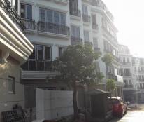 Bán nhà mặ phố Mỹ Đình 5 tầng x 63m  Thuận lợi kinh doanh