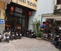 Cần bán gấp nhà mặt tiền đường Yersin, phường Nguyễn Thái Bình, Quận 1.