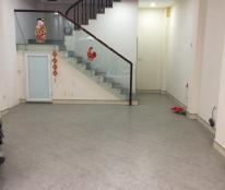 Cho thuê nhà phố Vạn Phúc, gần Lotte Center. DT 50m2 x 5 tầng, giá thuê 22 triệu/tháng.