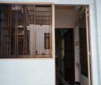 Cho nữ thuê nguyên lầu nhà 391 Trần Hưng Đạo, Q1,có sân thượng riêng biệt