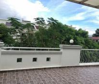 Cho thuê biệt thự Mỹ Giang, nhà mới Derco,  nội thất cao cấp. Giá 28 triệu/th. LH: 0917300798