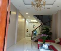 Bán nhà Thịnh Quang, quận Đống Đa, 45 m2, 5 tầng, mặt tiền 4.3 m, 4.8 tỷ.