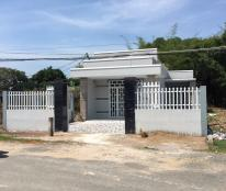 •Bán đất chính chủ, Mỹ Hạnh Nam, huyện Đức Hòa, tỉnh Long An.