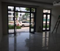 Cho thuê shophouse vinhomes gardenia dãy B18 trực diện chung cư 250m2x5T giá rẻ nhất khu
