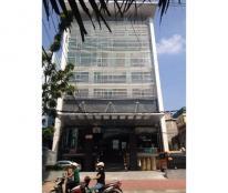Cho thuê Khách Sạn 8 tầng mặt vườn hoa Dịch Vọng. Giá= 850 triệu