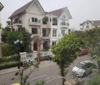 Chính chủ cho thuê biệt thự song lập Anh Đào 7, full nội thất cao cấp tại Vincom Village