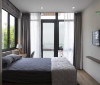 Cho thuê căn hộ dịch vụ view Hồ Tây đường Nguyễn Đình Thi, gần Ba Đình, Cầu Giấy LH: 090 886 9889