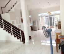 Cho thuê biệt thự Mỹ Giang, nhà mới sơn sửa trang trí lại rất đẹp, nội thất cao cấp Giá 28 triệu/th