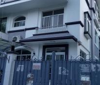 Nguyên căn biệt thự Mỹ Kim 3, Phú Mỹ Hưng cần cho thuê gấp, nhà sạch sẽ, mới sơn sửa