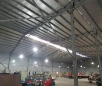 Cần cho thuê GẤP ! kho xưởng rộng đẹp miên man 2400m2 giao thông thuận tiện.