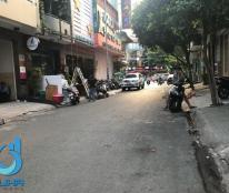 Cần bán nhà mặt tiền kinh doanh 37 Hoa Lan, P2, Phú Nhuận, 4mx16m, trệt + 3 lầu + ST