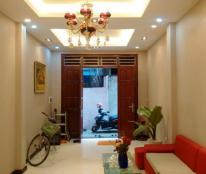 Bán nhà riêng khu Kim Mã 5 tầng diện tích 46m2, giá 3.3 tỷ.
