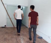 Cho thuê nhà 2 mặt đường đều kinh doanh tốt tại  Nguyễn Chí Thanh, DT 50m2X5 tầng