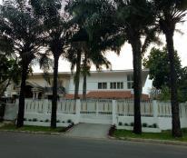Cần bán biệt thự phố vườn khu phố Mỹ Giang 2, Phú Mỹ Hưng, nhà đẹp, giá tốt nhất thị trường
