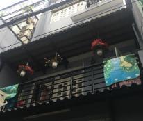 Nhà Phan Đăng Lưu ở Ngay, 3.2x10m, 3 Tầng Giá 2.4 Tỷ.