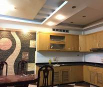 Bán nhà siêu đẹp tại Trần Thái Tông, phân lô, xe 7 chỗ vào nhà