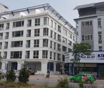 Cho thuê nhà đẹp mặt phố Xã Đàn 125m2, 4 tầng, mặt tiền 8m 160tr/ tháng