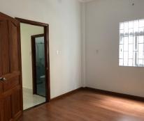 Cần bán gấp căn nhà 1 trệt, 3 lầu, sân thượng, diện tích 76m2, SHR chính chủ