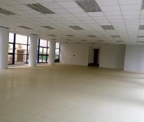 Cho thuê sàn văn phòng 120 m2 tầng 1 tại Hoàng Ngân – Lê Văn Lương, giá 200 nghìn/m2/tháng