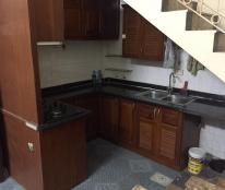 Cho thuê nhà phố Bạch Mai, 30m2, 4,5 tầng, 3 phòng ngủ khép kín, giá 6tr/th