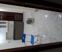 Bán căn hộ 25m, nhà mới ở ngay Chùa Láng-Đống Đa. LH 0973688060