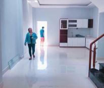 Bán nhà biệt thự đầy đủ nội thất cao cấp khu Chánh Nghĩa, vị trí đẹp, sổ chính chủ, 01695797121