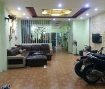 Cho thuê nhà  số 51L đường 11 tập thể F361 An Dương , Tây Hồ, Hà Nội.