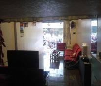 Cho thuê tập thể tầng 1 tại Trần Hưng Đạo, Hoàn Kiếm, DT 40m2, gồm: 1 phòng khách, 1 PB, 1 PN
