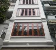 Cho thuê nhà phố Trần Duy Hưng, S: 80m2, 8T, MT 4.5m. Giá thuê 130tr/th, LH 01629084485